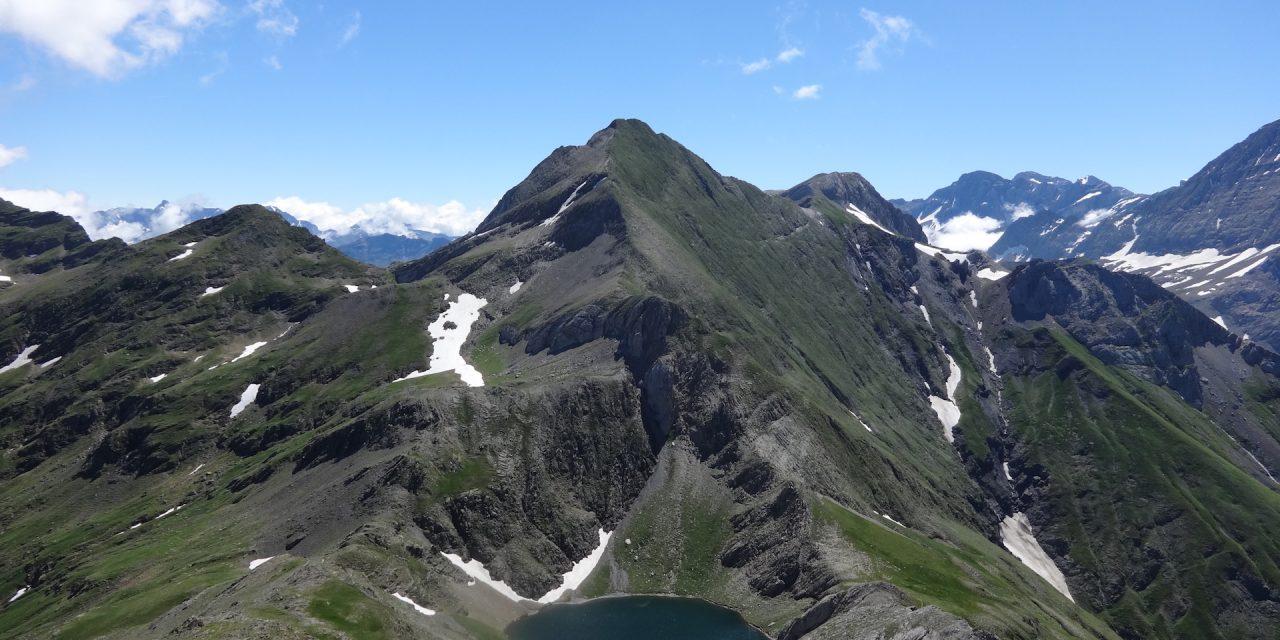 Lac de la Bernatoire 2330m – Pic de la Bernatoire 2516m