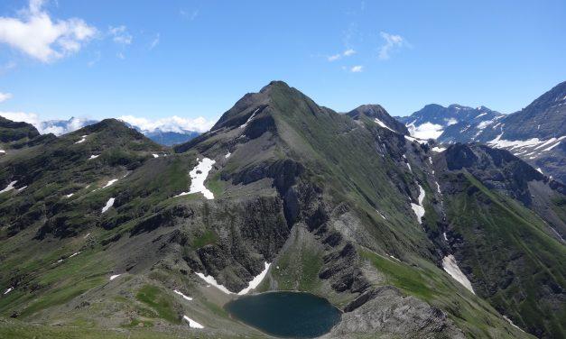 Lac de la Bernatoire2330m – Pic de la Bernatoire 2516m